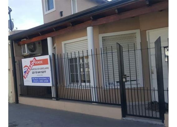Casa En Venta 3 Dormitorios - Olmos La Plata