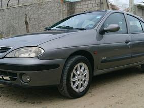 Renault Mégane 1.6 M/t Año 2001