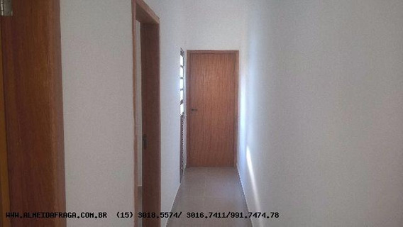 Casa Para Venda Em Sorocaba, Jardim Dos Eucaliptos, 2 Dormitórios, 1 Banheiro, 1 Vaga - 705_1-666467