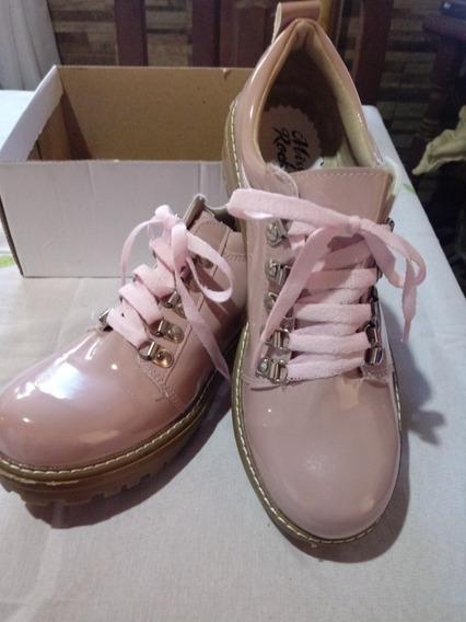 Zapatos De Charol Acordonados N° 40