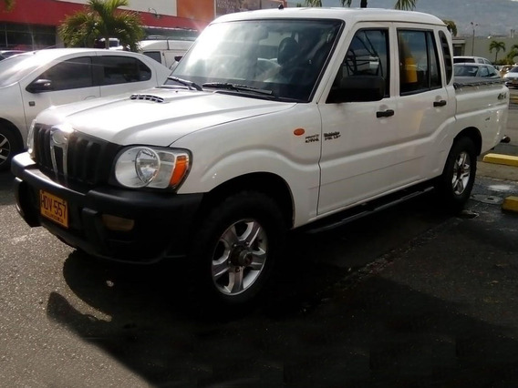 Mahindra Pick Up Doble Cabina 4x4