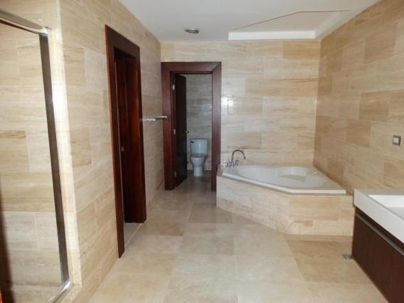 Espectacular Y Amplio Apartamento Se Alquila En Piantini
