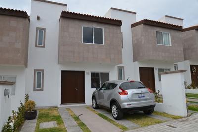 Casa En Condominio En Fraccionamiento Mirador, Queretaro