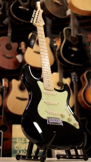 Guitarra Strato Strinberg Sts-100 Preta Fgrátis + Brinde