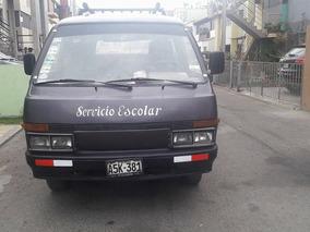 Remato Camioneta Rural Nissan 1994 - 11 Asientos