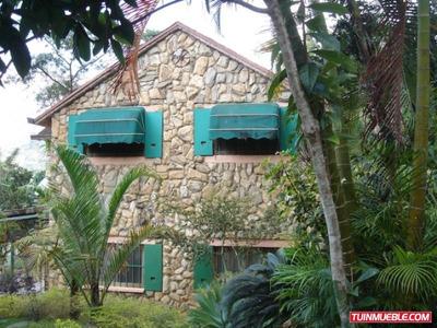Casa Con Gran Terreno En El Hatillo. Código # 812.