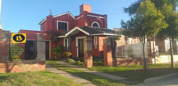 Vendo Casa Río Tercero - Excelente Ubicación
