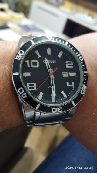Relógio Orient Tamanho Grande, Usado, A Bateria (quartz)!!