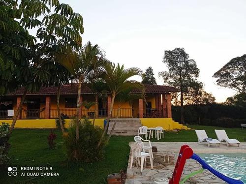 Chácara Com 2.700 M², Situada Em Ibiúna.cod 389.