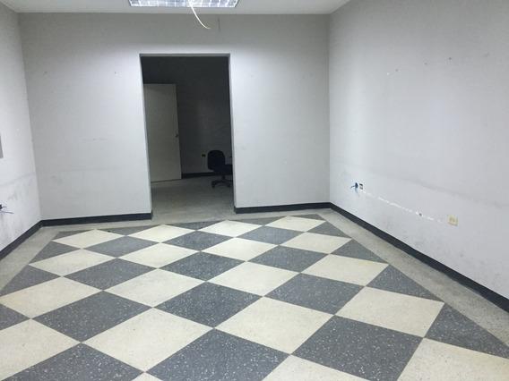 Se Vende Casa Uso Comercial Y/o Resd. 620 M2 Los Palos Grandes