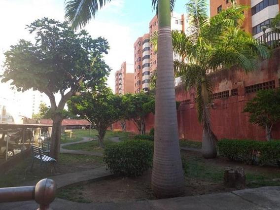 Apartamento En Venta Barquisimeto Oeste 20-6057 Jg