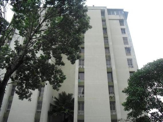Apartamento En Venta 19-17312 Josefina Caro 0424-1566697