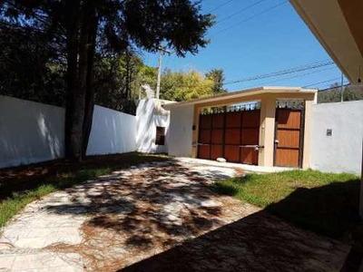 Casa En Fraccionamiento Privado