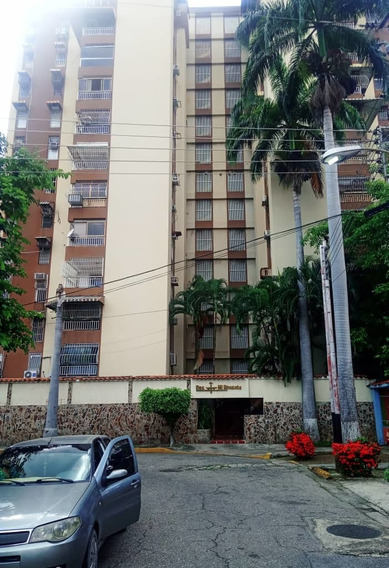 Apartamento En Venta Urb. El Bosque/ Roxana 04243339669