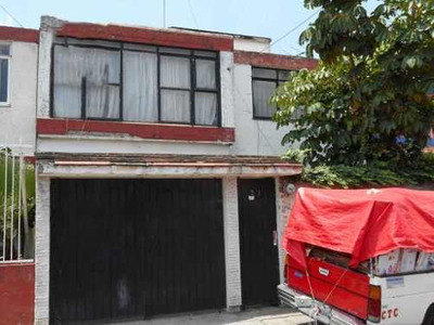 Casa En Venta En Unidad Morelos, Naucalpan Rcv-3580