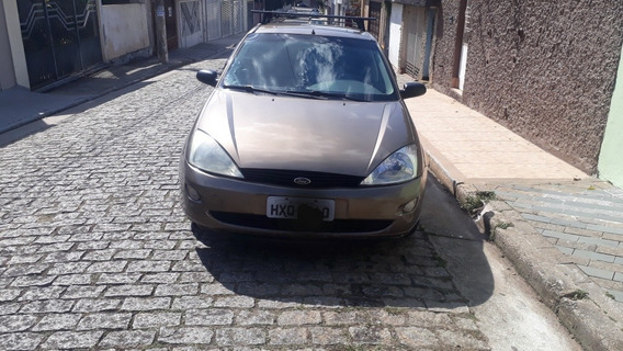 Ford Focus 1.8 5p 2001
