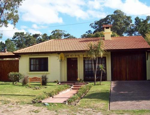 Excelente Casa En Venta Y Alquiler 4  Dormitorios- Ref: 2584