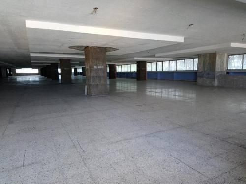Renta De Bodegas En Edificio En Izazaga Col Centro Cuahutémoc