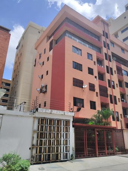 Apartamento Alquiler Urb. San Isidro