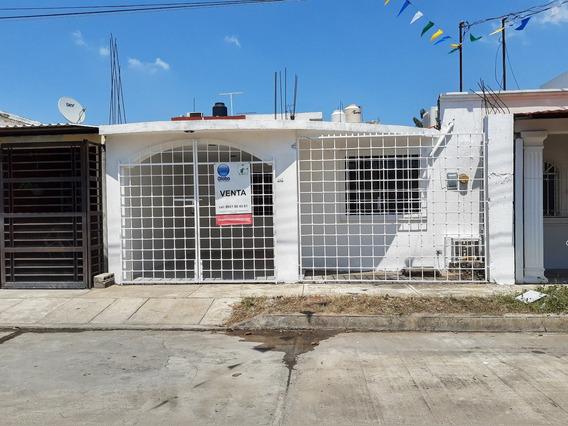 Casa Bonita Económica En Venta Fracc. Bonampak Villahermosa