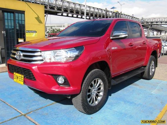 Toyota Hilux Srv Revo