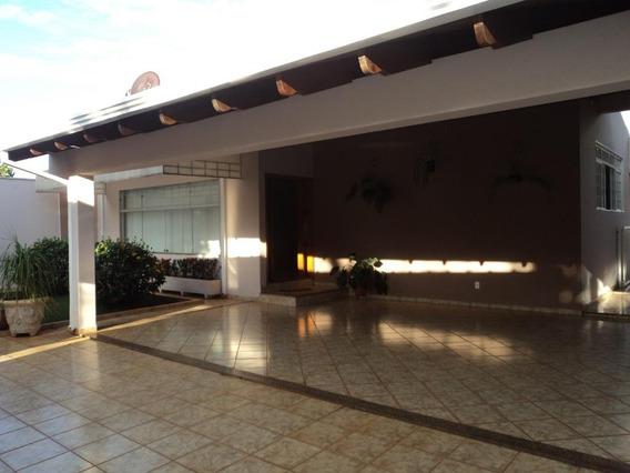 Casa Com 4 Dormitórios Para Alugar, 390 M² Por R$ 2.500/mês - Condomínio Santa Mônica - Brodowski/sp - Ca0676