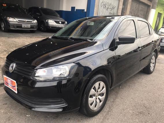Volkswagen - Voyage City 1.0 - 2015