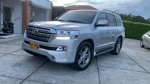 Toyota Sahara Imperial Diésel Full 2013