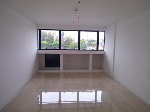 Conjunto Comercial / Sala 31 M² A Venda Pinheirinho - Sa00003 - 68849646