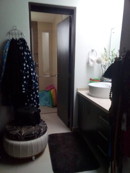 Casa De 3 Recamaras Con Closets