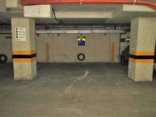 Venta Estacionamiento Con Capacidad Para 2 Vehículos En ...