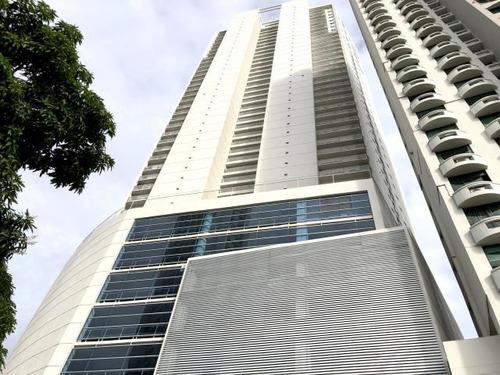 Venta De Apartamento En Náutica Tower, Coco Del Mar 18-6934