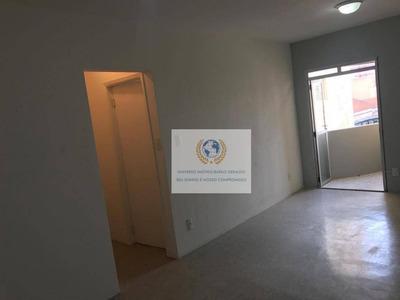 Apartamento Com 1 Dormitório Para Alugar, 42 M² Por R$ 850/mês - Centro - Campinas/sp - Ap0493
