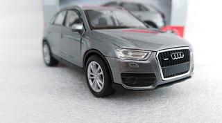 Camioneta Audi Q3, Escala 1/40, 11cms De Largo Metalica
