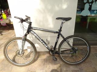 Bicicleta Zenith Calea Eqp Shimano Alivio, Frenos A Disco