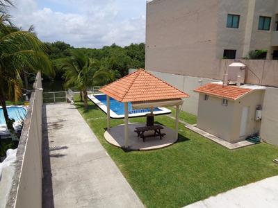 Casa Residencial Frente Al Arroyo Moreno Y Manglar