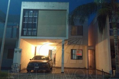 Casas En Venta En Acanto Residencial, Apodaca
