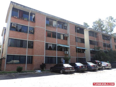 Apartamentos En Venta 17-2853 Rent A House La Boyera