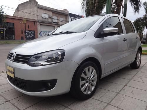 Volkswagen Fox Trendline 1.6 [ Excelente - Financio }