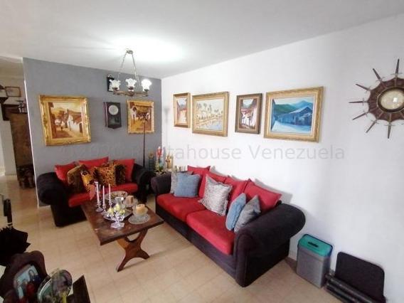 Apartamentos En Venta En Las Trinitarias 21-6967 Rg