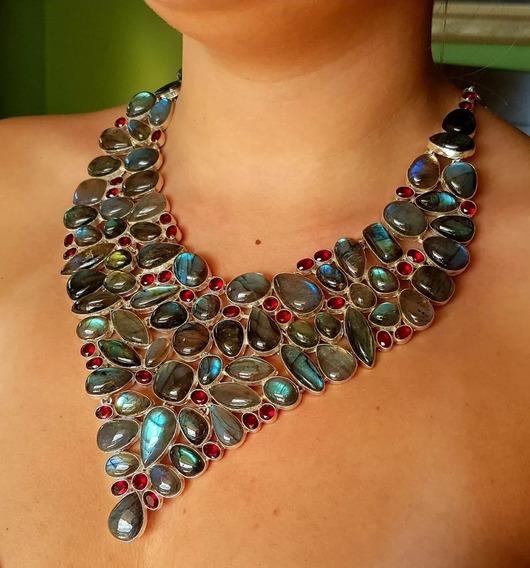 Promoção!!!colar Exuberante Pedras Labradoritas E Granadas!!