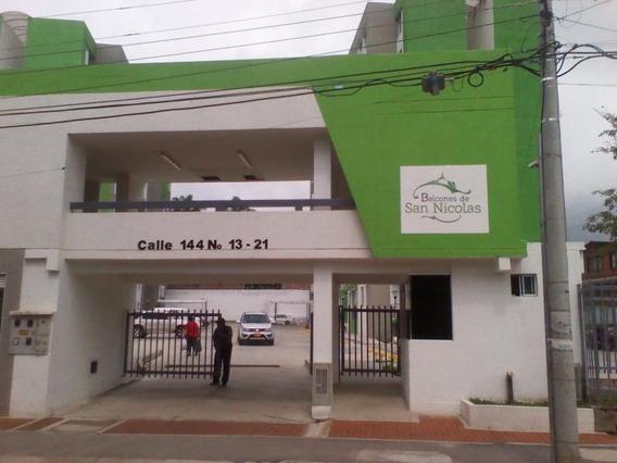 Apartamento En Venta Salado 158-946