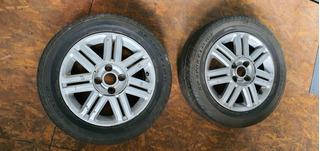 Par Llantas Chevrolet Astra Rodado 15 Con Cubiertas Dunlop