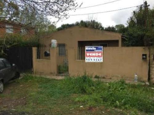 Casa Ubicada En 454 E/ 131 Y 132 (city Bell)