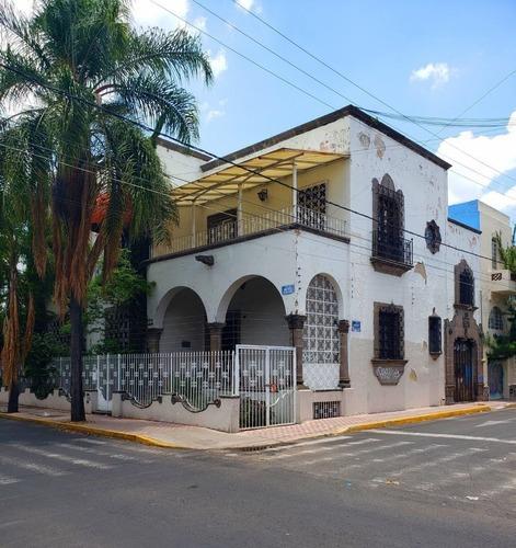Casa Tradicional, Ideal Para Oficina En Renta