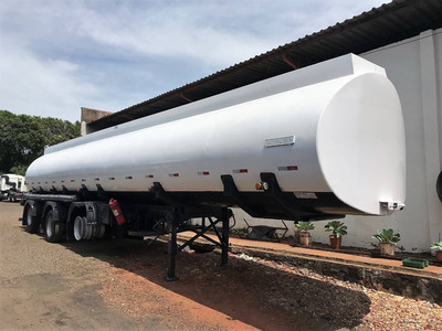 Carreta Vanderléia Tanque 45.000 Litros