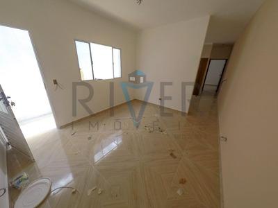 Casa Térrea Fora De Condomínio Em Poá/sp; 2 Quartos (1 Suíte); 1 Vaga. - Ca0006