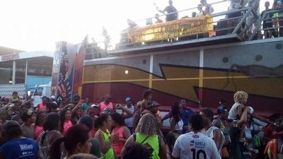 Aluga-se Trio Elétrico Para Carnaval