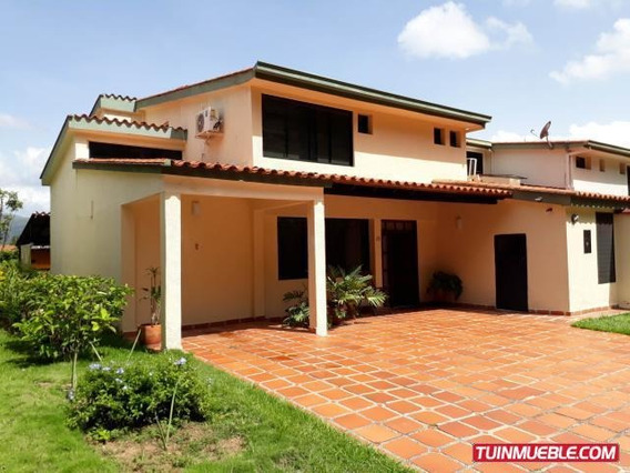 Townhouses En Venta Mañongo Cv 19-8683