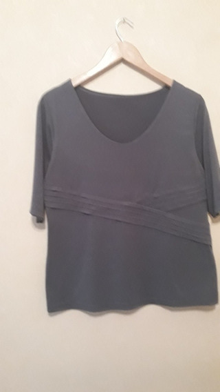 Remera De Mujer Gris Oscuro